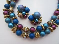 VINTAGE DOUBLE STRAND NECKLACE EARRINGS RHINESTONE RONDELLS BLUE BURGUNDY BEADS