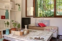 <!--:es-->Gabi. Casa -tipo chalet- de 4 ambientes + patio y jardín en Adrogué (Gran Buenos Aires, Sur). <!--:--> Decor, Interior, Home N Decor, Deco, Home Decor, Interior Design, Interior Deco, Vintage Shabby Chic, House Colors