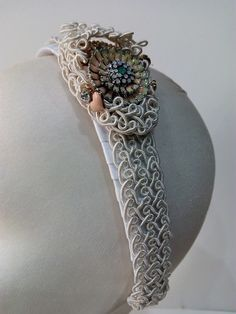 Tocado de novia sobre diadema Templates, Bridal Headpieces, Head Bands, Grooms