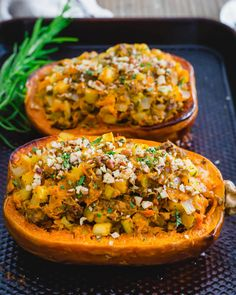 Roasted and stuffed honeynut squash. Healthy Low Carb Dinners, Low Carb Dinner Recipes, Entree Recipes, Delicious Dinner Recipes, Side Dish Recipes, Lunch Recipes, Veggie Recipes, Healthy Recipes, Pumpkin Recipes