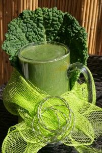 Why GREEN SMOOTHIES are sooo GOOD FOR YOU!