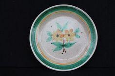 Lovely BIG Vietri art plate with a flower / Gambone era