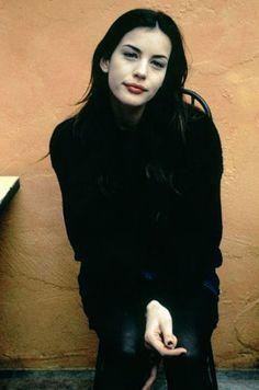 Liv Tyler. This picture makes me want to watch Empire Records:) (for prolly the millionth time)