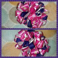 Hello Kitty loopy hair bow