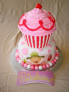 cupcake cakes for pinkalicious  Maybe for Charlotte's smash cake :)