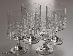 Riihimäen lasi, Nanny Still Grappo. Clear Glass, Glass Art, Old School Movies, Kosta Boda, Glass Design, Old World, Finland, Vase, Table Decorations