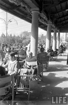 Αιγλη Ζαππειο (1948) - Aigli, Zappeion. Every Sunday this place was full of families. After a visit to the National Garden, it was time for coffee for parents and/or grandparents and ice cream for children.Aigli is still there. It's not the same anymore, but if you want coffee, ice cream, or dinner you can try it. S.