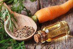 Are you suffering from hyperpigmentation, sunburn, age spots, scars, or any other skin pigmentation problems? Here's a list of essential oils for skin discoloration to solve your problem. Carrot Seed Essential Oil, Essential Oils For Skin, Carrot Seed Oil Benefits, Oil For Dry Skin, Sun Damaged Skin, Stomach Ulcers, Carrot Seeds, Skin Care Regimen, Natural Skin Care