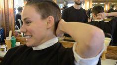 Elliott Sailors, Hair Cut
