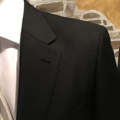 Particolare abito mezzo tight #suits #tight