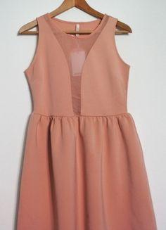 Kup mój przedmiot na #vintedpl http://www.vinted.pl/damska-odziez/sukienki-wieczorowe/9516885-stradivarius-elegancka-pudrowy-roz-sukienka-rozm-l-z-przeswitem