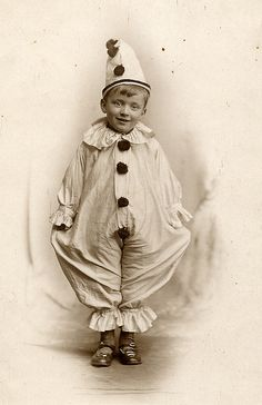 Jolly pierrot by lovedaylemon, via Flickr