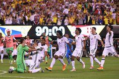 La selección Colombia avanzó este viernes a las semifinales de la Copa América Centenario con un...