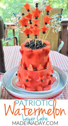 Easy DIY Watermelon Layer Cake Tutorial sure to wow at your next BBQ Fruit cake, patriotic watermelon cake, c Fruit Recipes, Cake Recipes, Dessert Recipes, Strawberry Recipes, Fruit Birthday Cake, Healthy Birthday Cakes, Fresh Fruit Cake, Food Cakes, Fruit Cakes