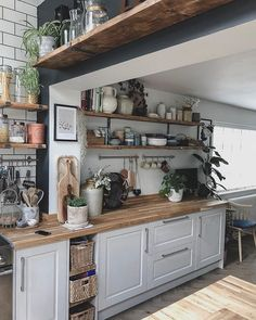 Happy Friday folks, Mr H asked some friends if they wanted to come to a dirty party at ours this weekend, I'm not sure if they were… Cosy Kitchen, Home Decor Kitchen, Rustic Kitchen, New Kitchen, Kitchen Interior, Home Kitchens, Kitchen Design, Rustic Country Kitchens, Bohemian Kitchen