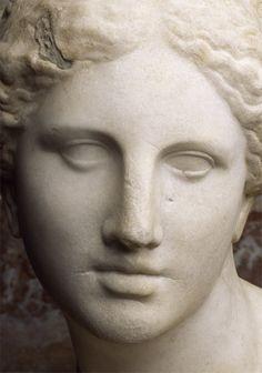 La Venus de Cnido de Praxíteles (detalle). La belleza eterna del arte griego. via Unir Humanidades