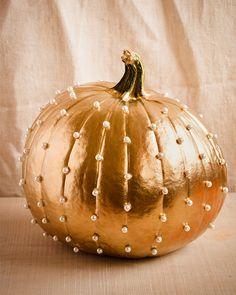 Deko Gold & Pearls Pumpkin Kürbis gold Perlen weiß DIY basteln