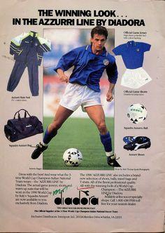 Roberto Baggio & His Italian Diary: 100 Vintage Photos Football Ads, Vintage Football, Football Shirts, Football Boots, Roberto Baggio, International Soccer, Sir Alex Ferguson, Rain Suit, Everton Fc