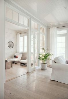 Affordable Glass Partition Living Room Design Ideas To Try - Page 7 of 35 - Decorating Ideas - Home Decor Ideas and Tips Open Space Living, Living Spaces, Small Living, Living Rooms, Living Room Kitchen Partition, Living Room Designs, Living Room Decor, Living Room Divider, Transom Windows