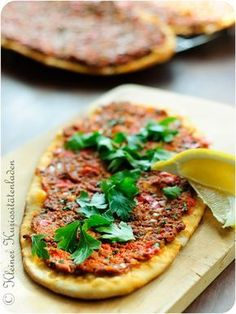 Kleiner Kuriositätenladen: Lahmacun 2.0 - türkische Pizza