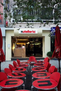 nutelleria. oh my goodness this is a real place and one more reason i should live in europe--or maybe one more i shouldn't...