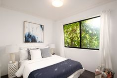 'Harbour Views' apartment with parking, second double bedroom, wall art, side tables, lamps, throw, Pilcher Residential