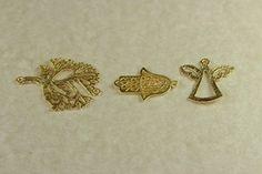 Fornitura colgantes chapado en oro de 22k. para usar en joyería y alta bisuteria.