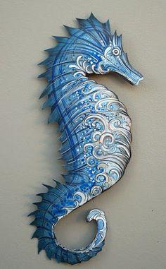 I am loving this artist Kari von Wening's metal sculptures! Seahorse Art, Seahorses, Nautical Interior, Sea Dragon, Beach Crafts, Beach Art, Sea Creatures, Clay Art, Coastal Decor