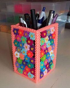 Perler Bead Flower Pattern Pencil Holder - She Crafts Alot