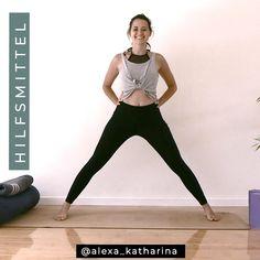 Yoga Hilfsmittel sind für jeden! Sie helfen nicht nur Anfängern, sondern unterstützen auch fortgeschrittenen Yogis, in die Position reinzukommen, sicherer zu üben und sich dadurch schneller weiterzuentwickeln. Auch ich verwende heute viel häufiger Yoga Hilfsmittel, als ich es vor einigen Jahren noch getan habe. #yogafüranfänger #yogahilfsmittel #yogaübungen #yoga #mityogaanfangen #yogavideo #yogavideos Yoga Meditation, Yoga Flow, Yin Yoga, Fitness Memes, Fitness Motivation, Yoga Routine, Yoga Inspiration, Yoga Meme, Funny Yoga