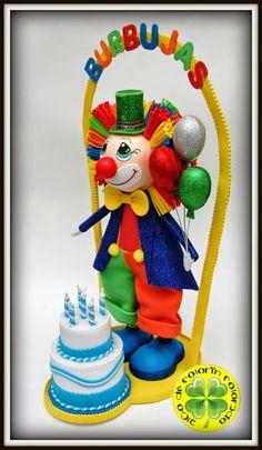 En el Parque Infantil Burbujas tienen nueva mascota, es nuestro simpático payasito acompañado de una tarta de cumpleaños. Esperamos que les haya gustado nuestro regalo y a vosotros también.