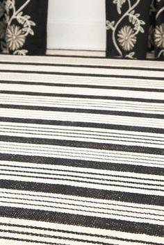 #DashAndAlbert Birmingham Black Woven Cotton Rug