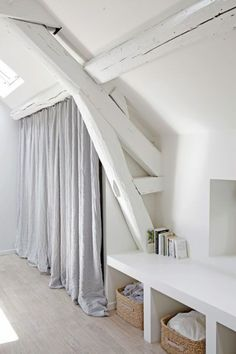Startling Tips: Attic Shelves Laundry Rooms attic house remodeling ideas. Attic House, Attic Closet, Attic Rooms, Design Room, House Design, Interior Design, Small Space Living, Small Spaces, New Room