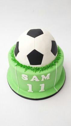 Soccer Birthday Cakes, Football Birthday, 6th Birthday Parties, 10th Birthday, Cakes For Boys, Creative Cakes, Baby Shower Cakes, Soccer Ball, Football Cakes
