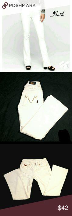 ANTIK WHITE BATIK EVA  BOOTCUT JEANS ANTIK WHITE BATK EVA BOOTCUT JEANS  N                                                                                                                                                                         SZ 27            Pre-Loved/EUC                   1st Photo for Similarity             80% Cotton   20% Polyester                                                                              Please See Photos for Approxim Meas.              Colors May…
