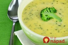 This page contains cream of broccoli soup recipes. Cream of broccoli is a quick and delicious soup that you can make and serve any time. Broccoli Soup Recipes, Cream Of Broccoli Soup, Broccoli Cheddar, Weight Watcher Vegetable Soup, Sopa Detox, Beer Cheese Soups, Snacks Sains, Clean Eating Snacks, Healthy Recipes