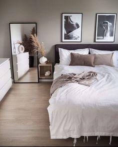 home decor apartment Room Ideas Bedroom, Small Room Bedroom, Home Decor Bedroom, Living Room Decor, Bedroom Ideas For Small Rooms For Adults, Small Modern Bedroom, Bedroom Simple, Bedroom Colors, Nursery Decor