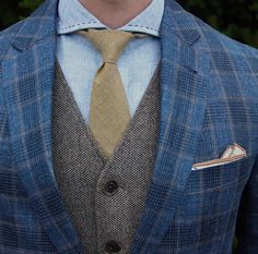 """There's some truth to the famous Picasso quote: """"Good artists copy; great artists steal"""". Now, there's no need to steal, but when it comes to men's fashion there's nothing wrong with copying from the…MoreMore"""