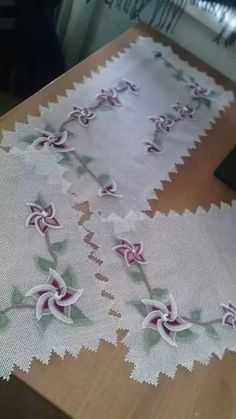 Takım Needle Lace, Table Runners, Needlepoint, Decoration, Tatting, Embroidery, Flowers, Fabric, Home Decor