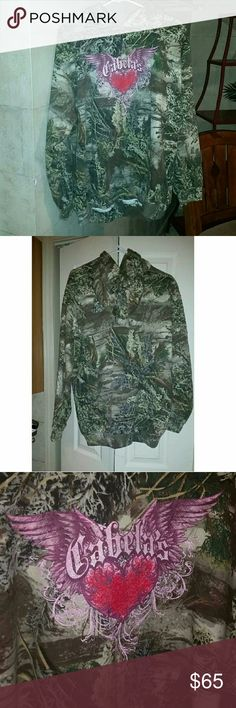 Nwot Cabelas camo green  XL Hoodie SOLD OUT Price drop! $$ NWOT  max one camo bling embellished Hunter green *** free new  real tree travel cup with purchase! Pink winter camo new. :) no trades,  price dropped to bottom now. cabelas Tops Sweatshirts & Hoodies