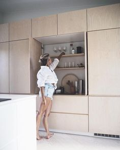 reaching for Flow weekend and my riesling glass like 🍾 Beautiful Kitchen Designs, Modern Kitchen Design, Beautiful Kitchens, Interior Design Living Room, Cool Kitchens, Hidden Kitchen, New Kitchen, Kitchen Decor, Chalet Design