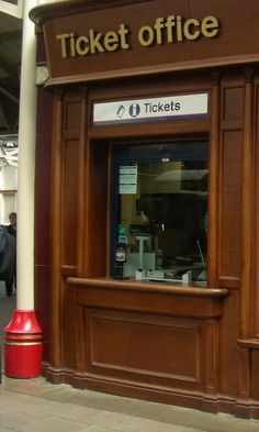 Ticket Office - Windsor Train Station http://ceracoatus.com/spaceage/