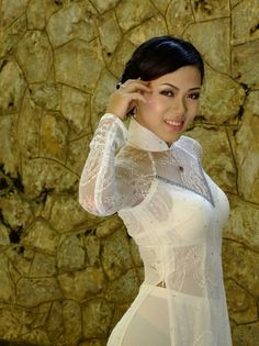 Visit the post for more. Vietnamese Traditional Dress, Vietnamese Dress, Traditional Dresses, Hot Japanese Girls, V Dress, Indian Designer Outfits, Beautiful Asian Women, Ao Dai, Asian Woman