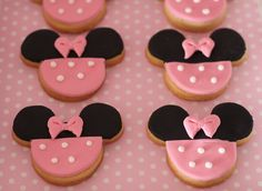 Something pink, black and precious for a baby girl Minnie Mouse Disney baby shower