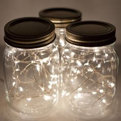 10 LED Solar Fairy Lights Mason Jar Lid Lamp Xmas Outdoor Garden Decor Add pinecones and garland and you have some cute Christmas decoration. Solar Mason Jars, Mason Jar Lids, Solar Fairy Lights, Diy Living Room Decor, Diy Room Decor For Girls, Teen Room Crafts, Diy Room Decor Tumblr, Easy Diy Room Decor, Teen Decor