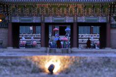 https://flic.kr/p/Hc7rtF   근정전 모습 : View Geunjeongjeon 3   컬러 필터를 달리하면 또 다른 저녁 모습을 볼 수 있게 해줍니다. 그래서 또 많은 것을 바라보게 되지요.