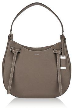 c37e67c3a2 Semplice, elegante, dalla forma arrotondata, la borsa a spalla Rogers Large  in.