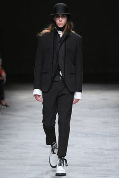 Ann Demeulemeester Spring 2014 Menswear Collection Photos - Vogue