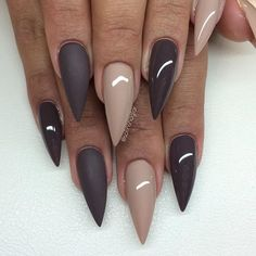 Stiletto Nails - 30 great ideas for extravagant and eye-catching .- Stiletto Nails – 30 great ideas for extravagant and eye-catching nail designs blue - Fabulous Nails, Gorgeous Nails, Pretty Nails, Hair And Nails, My Nails, Manicure, Stiletto Nail Art, Acrylic Nails, Coffin Nails