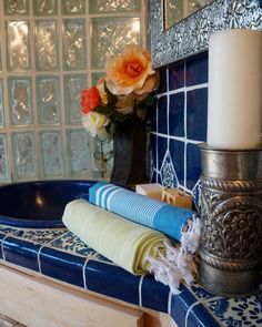 Active Towel is an premier collection of authentic bamboo and cotton flat woven Turkish towels and robes imported by Bluestone Imports. Absorbent and durable. Turkish Bath, Turkish Towels, Shower Towel, Spa Towels, Bath Decor, Voss Bottle, Picnic Blanket, Bamboo, Table Decorations